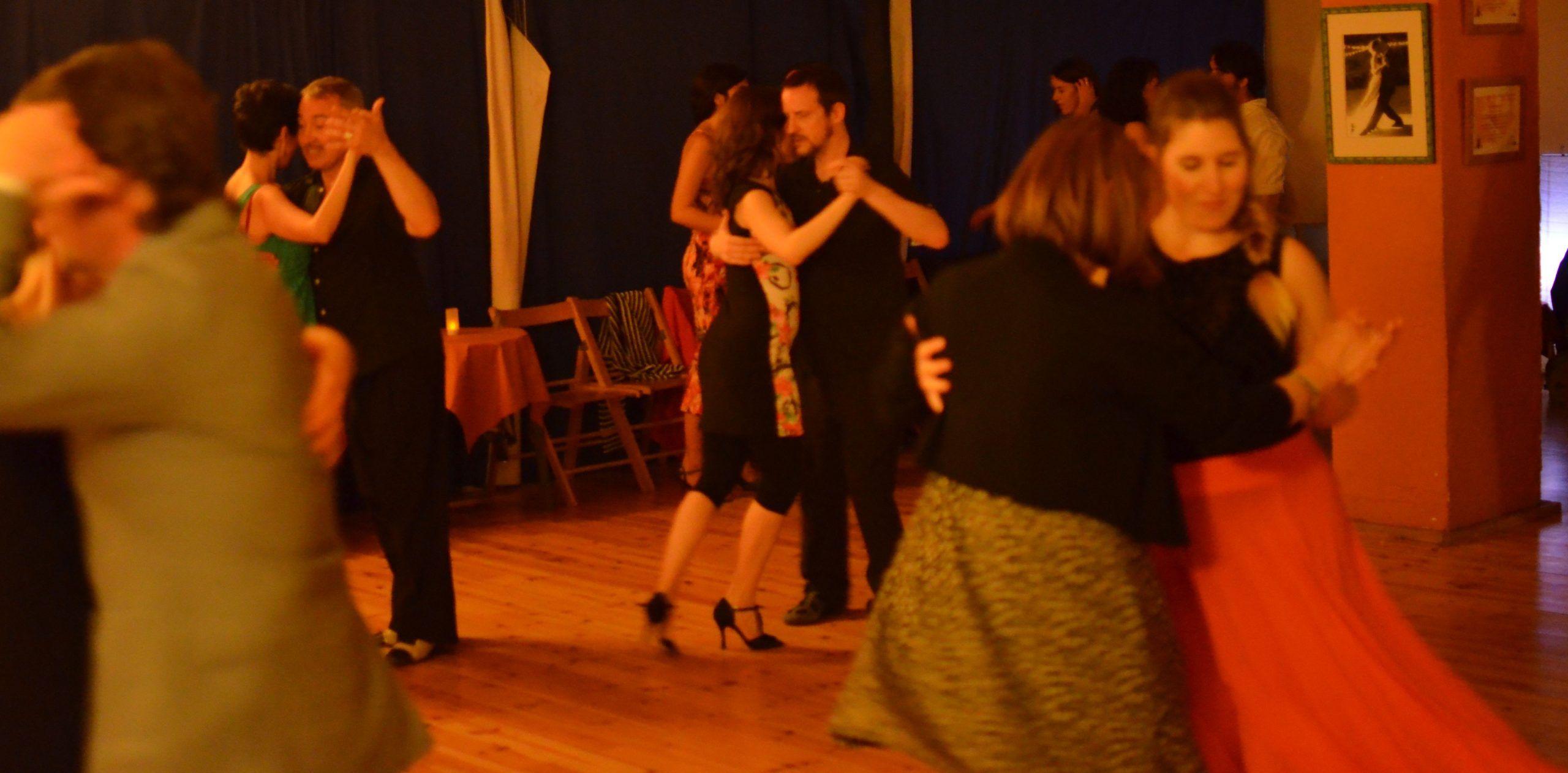 grupo para bailar tango